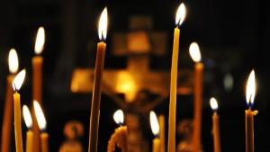 Церковная свеча, лития по погибшим в авиакатастрофе