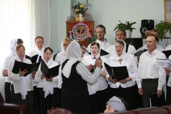 Хор прихожан храма преподобного Сергия Радонежского города Челябинска