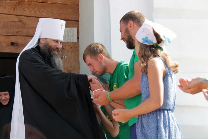 Благословение у архиерея, Божественная литургия в селе Булзи завершила МКХ-2016