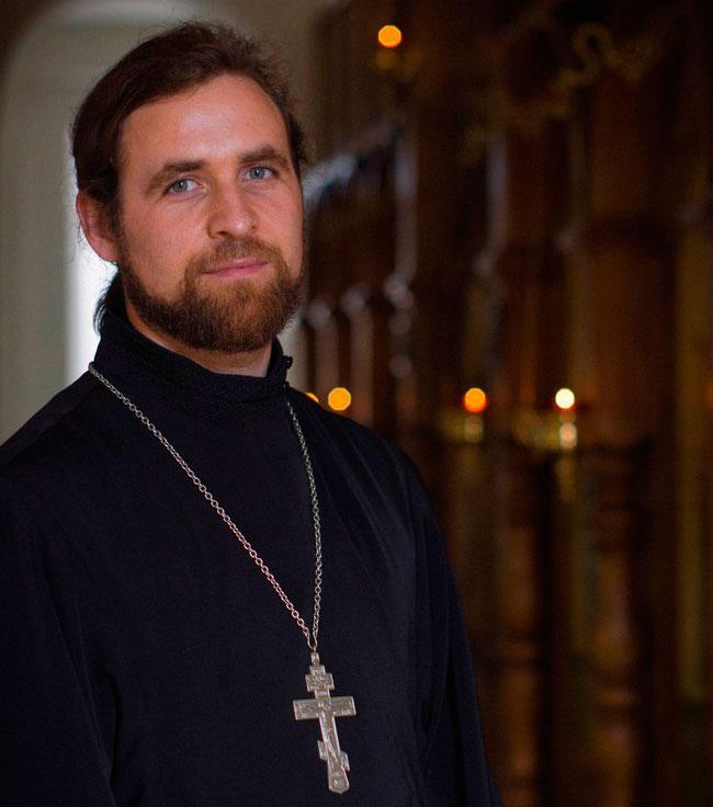 Священник Евгений Лучинин