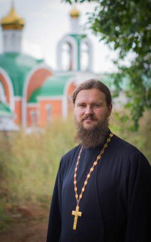 Протоиерей Ярослав Иванов, настоятель храма св. преп. Сергия Радонежского, г.Челябинск