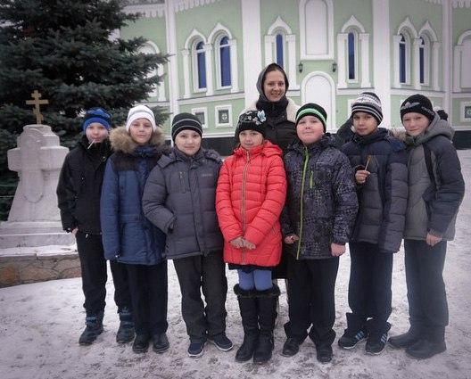 Экскурсия для школьников по Свято-Симеоновскому собору 2015 11 12