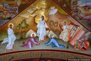 Мария Магдалина у ног Воскресшего Христа