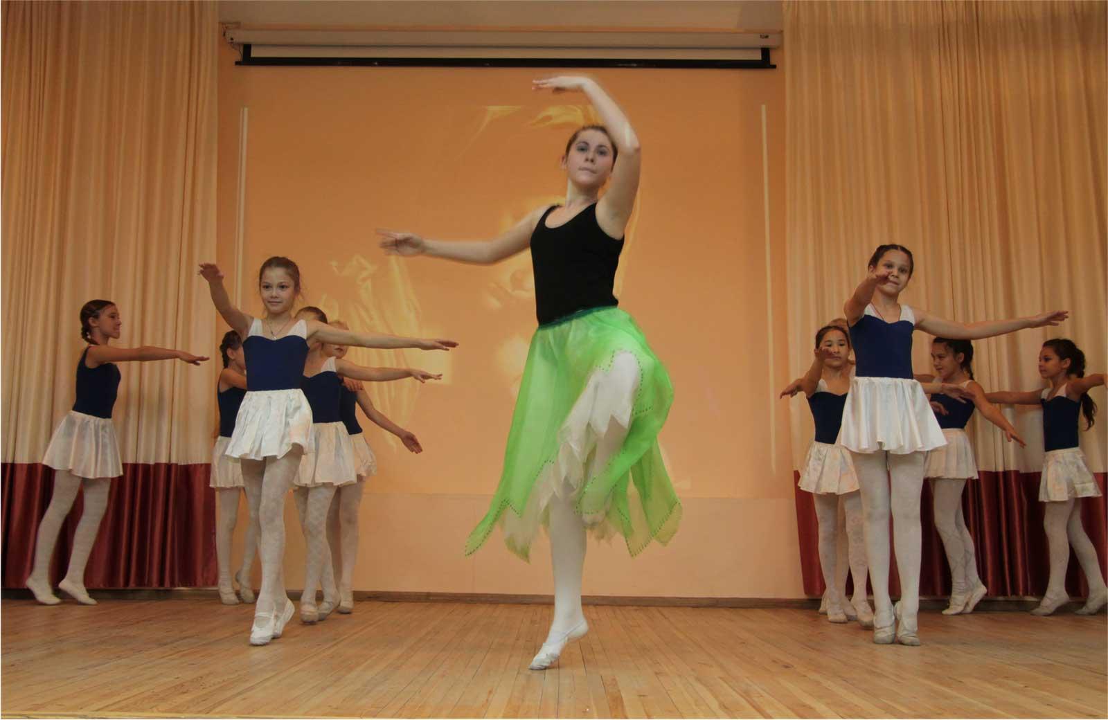 Праздничный концерт от учеников школы № 3 г. Челябинска, 24.11.2016