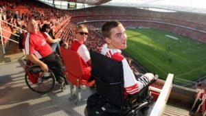 колясочники на стадионе