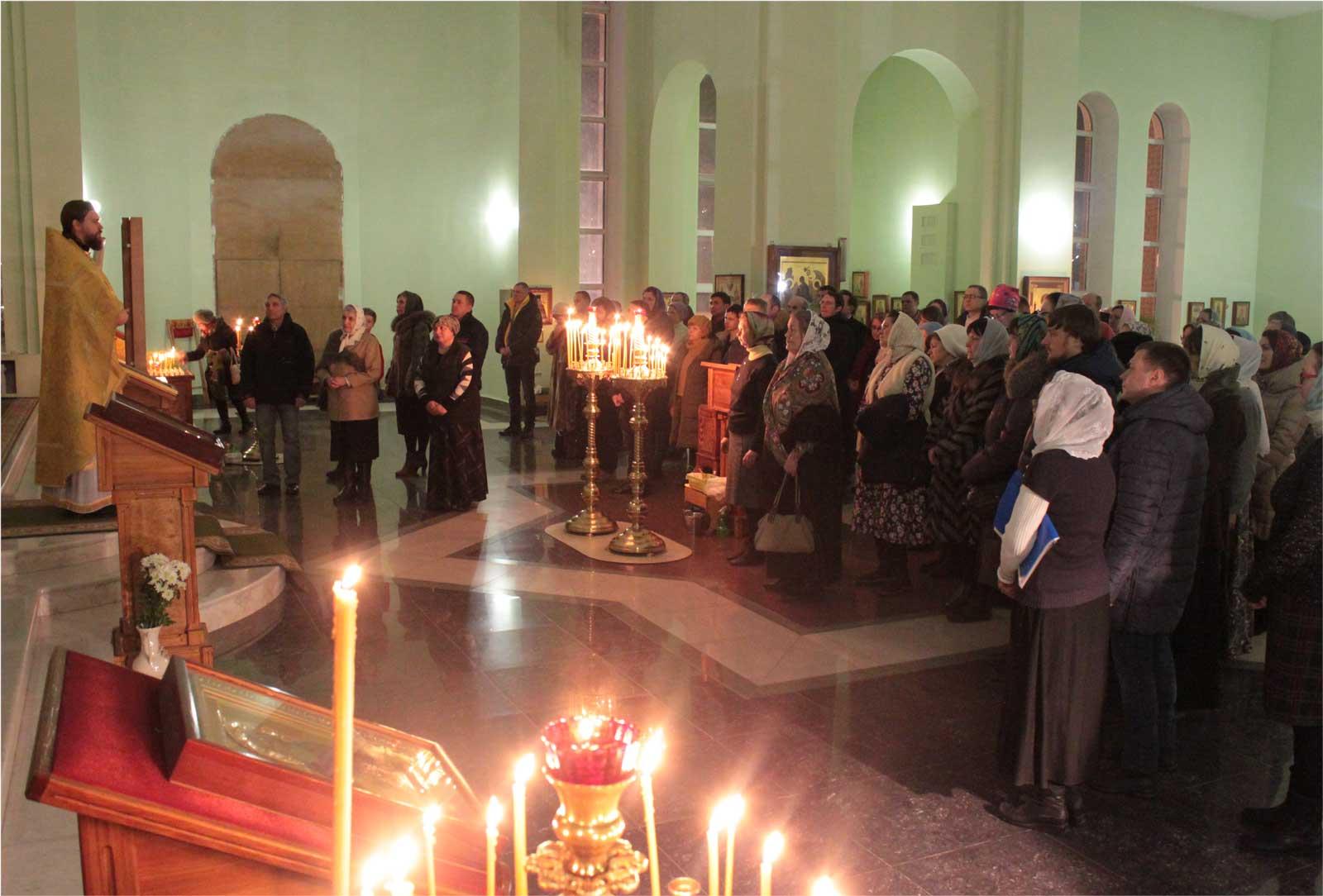 Новогодняя Литургия, 2017-2018, город Челябинск, храм преп. Сергия Радонежского