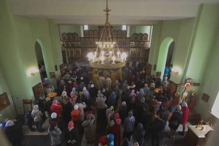 В храме состоялся молебен на начало учебного года в Воскресной школе
